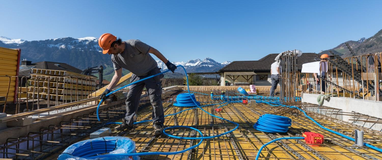 Elektroarbeiten der Inderbitzin + Kälin AG bei der Baustelle Mättivor Schwyz